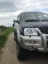 MITSUBISHI L200 IN VERY GOOD CONDITION image 5