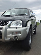MITSUBISHI L200 IN VERY GOOD CONDITION image 6