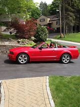 2006 Ford Mustang GT Convertible 2-Door 4.6L image 7