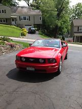 2006 Ford Mustang GT Convertible 2-Door 4.6L image 8