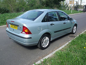 FORD FOCUS 1.6 LX RARE SALOON AUTOMATIC DRIVES SUPERB YEARS M.O.T,EXTRAS image 1