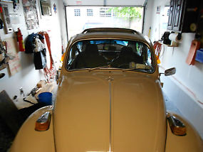 Classic 1970 Volkswagen Beetle originally from California now in New York. image 6