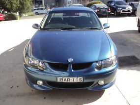 Holden Commodore SS (2000) Ute 6 SP Manual (5.7L - Multi Point F/INJ) image 3