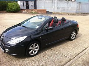 PEUGEOT 307 CC CONVERTIBLE ALLURE OPEN TO OFFERS image 7