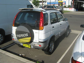 DAIHATSU TERIOS 4WD AUTOMATIC LOW 94,000KS image 2