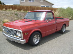 1972 Chevy C-10 short wide with factory AC image 2