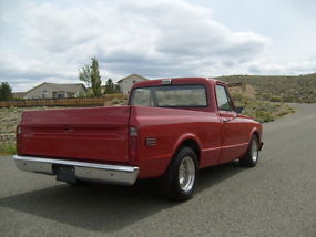 1972 Chevy C-10 short wide with factory AC image 4