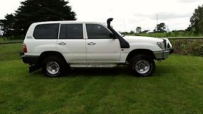 TOYOTA LANDCRUISER 1998 --100 SERIES TURBO DIESEL-- aftermarket turbo fitted