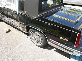 1988 CADILLAC COUPE DEVILLE/NEEDS DOOR REPLACEMENT~AFTER BODYWORK OVERALL NICE 1 image 2