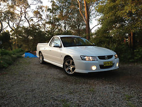 Holden Commodore 2005 S image 8