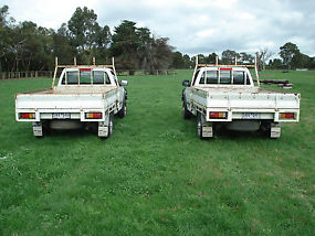 2 x holden rodeo 2004 utes///over 12 mths rego on both /// image 2