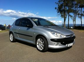 Peugeot 206 GTi 2002 3D Hatchback 5 SP Manual image 1