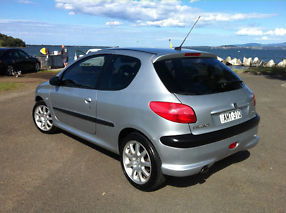 Peugeot 206 GTi 2002 3D Hatchback 5 SP Manual image 2
