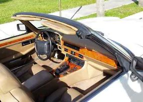 1995 Jaguar XJS Base Convertible 2-Door 4.0L image 7