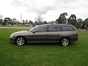 HOLDEN COMMODORE, 1998 VT BERLINA, DUEL/FUEL, RWC, REG, PRICE NEGOTIABLE ! image 2