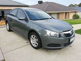 Holden JG Cruze CD Diesel - LOW KMS- 2010 model image 4
