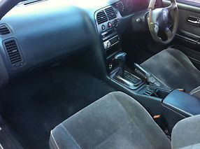 Nissan Skyline R33,NA 4 door *CHEAP* P-Plater friendly car. image 4