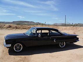 1960 RARE! BISCAYNE 2 DOOR CALIFORNIA CAR ! 350 4 SPEED, MIDNIGHT BLACK !!! image 3