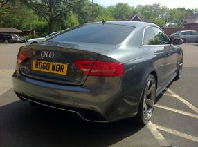 Audi RS5 4.2FSi S Tronic 1 owner  image 4