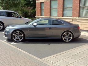 Audi RS5 4.2FSi S Tronic 1 owner  image 7