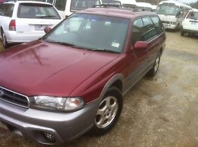 Subaru Outback 1996 very clean runs well NO reg/rwc
