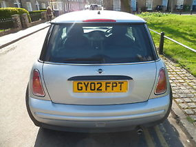 MINI ONE 1.6 SILVER 8MONTHS MOT AND 4 MONTH TAX 2 OWNERS FROM NEW image 1