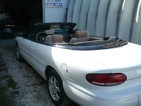 2000 Chrysler Sebring JXi Convertible 2-Door 2.5L image 6