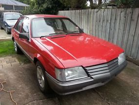 VK Holden Commodore SL (1984) 4D Sedan(3.3L - Carb) image 1