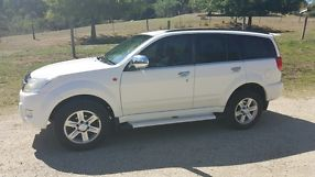 2010  X240 SUV WITH 4WD