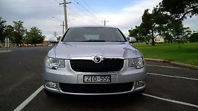 2010 Skoda Superb Ambition Auto image 1