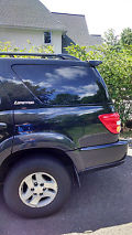 2001 TOYOTA SEQUOIA LIMITED. LOOKS AND DRIVES GREAT! LOADED image 4