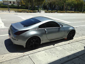 2004 Nissan 350Z Touring Coupe 2-Door 3.5L 6 speed manual image 2