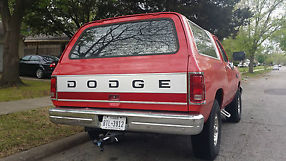 1993 Dodge Ramcharger. Ultra Nice rebuilt and new everything 4x4 image 2