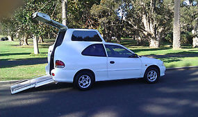Hyundai Excel 1999 Wheelchair Accessible Vehicle image 2