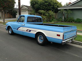 1969 CHEVY C-10 PICK-UP TRUCK, 350/350, LOWERED, CUSTOM BOWTIE GRAPHICS, RAT ROD image 5