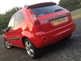 Ford Fiesta Freedom **Alloys and bluetooth** 1.25 3dr image 1