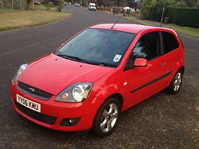 Ford Fiesta Freedom **Alloys and bluetooth** 1.25 3dr image 3