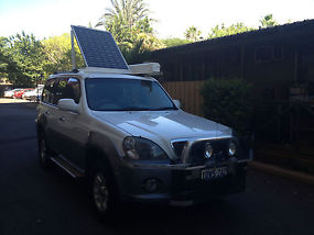 4WD Hyundai Terracan 2004 Model set up for travelling image 4