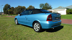 Holden Astra 2002 Convertible image 4