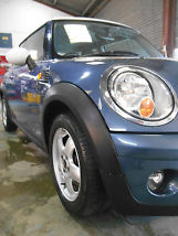 2010 MINI COOPER 1.6D72.4+ AVERAGE MPG.SAT NAVBLUE TOOTHFSH image 6