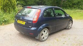 Ford Fiesta Zetec TDCI 55 plate salvage damaged unrecorded 3 door spares repair image 2