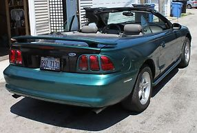 1998 Ford Mustang GT Convertible 2-Door 4.6L - LOW RESERVE!!!!!!! image 6