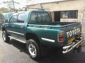 1998 TOYOTA HILUX 2.4 TURBO-D4WD GREEN image 3