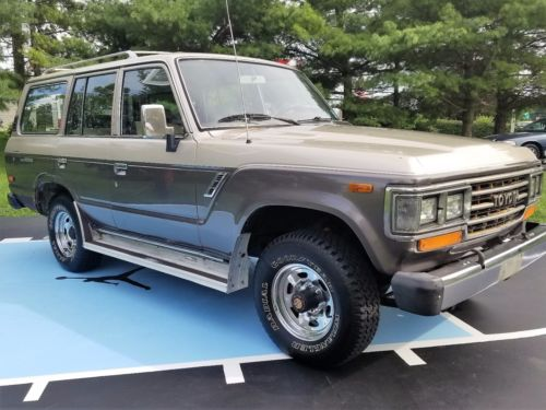 1989  Land Cruiser FJ-62