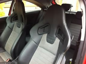 2008-08 Vauxhall Corsa VXR RED 6 SPEED RECARO INTERIOR image 8