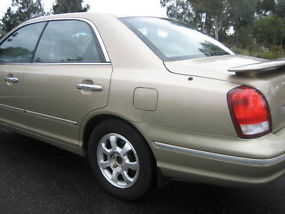 2001 Hyundai Grandeur 4D Sedan 5 SP Sequential Auto (3L - Multi Point... image 3