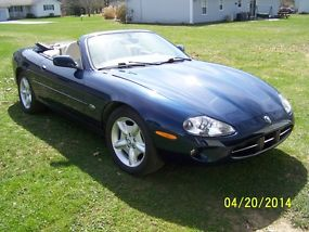 1999 Jaguar XK8 Base Convertible 2-Door 4.0L