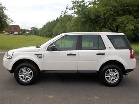 2010 10 LAND ROVER FREELANDER 2 2.2 TD4 S WHITE DIESEL MANUAL 4X4 EX POLICE image 2