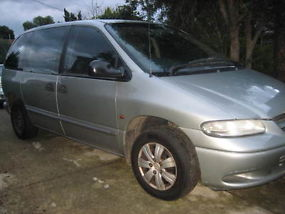 1997 Chrysler Voyager 8 seater Automatic