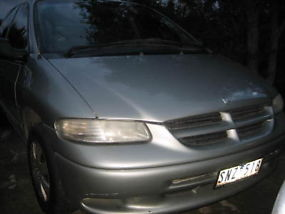 1997 Chrysler Voyager 8 seater Automatic image 1